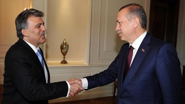 Soner Yalçın: Abdullah Gül, Erdoğan ile karşı karşıya gelirse kazanır