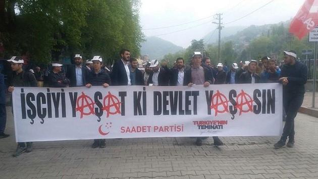 Saadet Partisi'nden dikkat çeken 1 Mayıs pankartı
