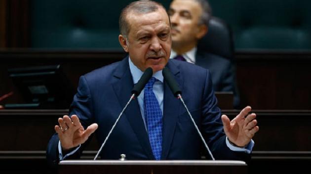 Financial Times: Erdoğan'ın hem piyasaları hem de seçmenleri ikna etmesi gerekiyor