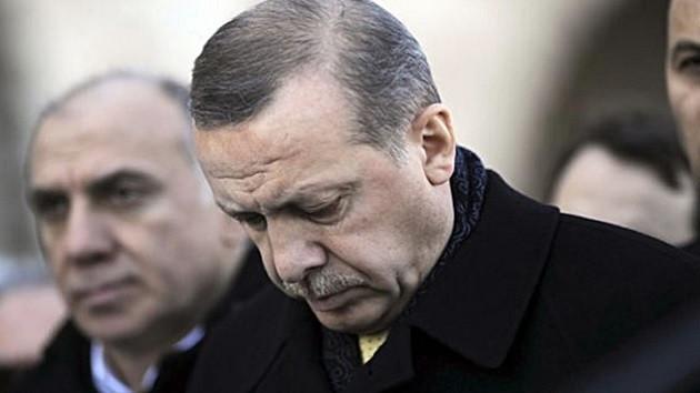 Cumhuriyet yazarı Aslı Aydıntaşbaş: AKP açısından büyü bozuldu