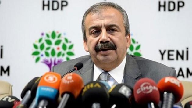 HDP'li Sırrı Süreyya Önder: İmralı ve Kandil fotoğraflarını hükümet servis etti