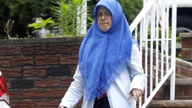 FETÖ'cü Adil Öksüz'ün ABD'ye kaçan karısı Aynur Öksüz