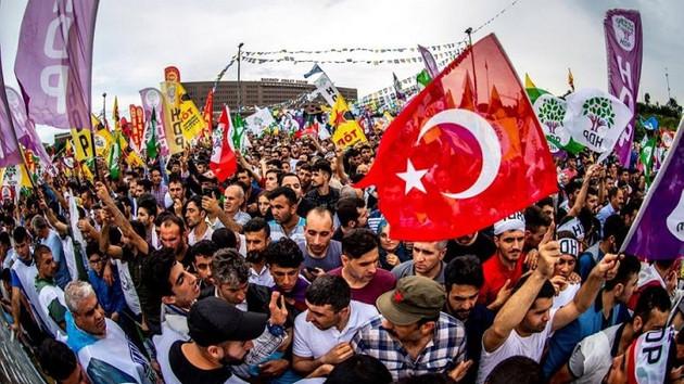 HDP mitinginde dikkat çeken ayrıntı