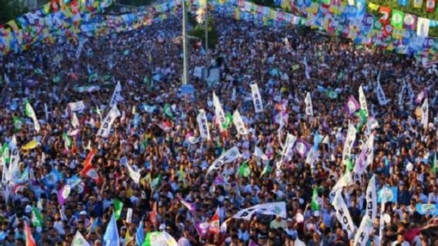 HDP Diyarbakır'da: 4 gün sonra Demirtaş'ı karşında göreceksin