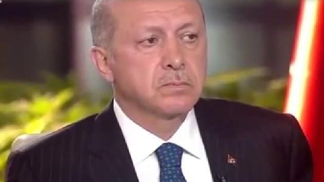 Recep Tayyip Erdoğan canlı yayında duygusal anlar yaşadı
