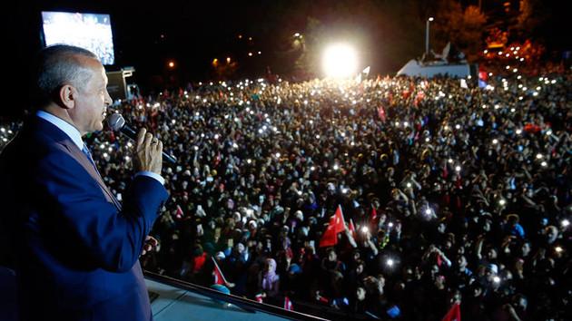 Erdoğan balkon konuşması için Ankara'ya gidiyor