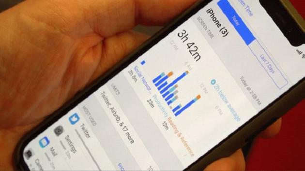 Sosyal medya hastası bir cep telefonu bağımlısının itirafları