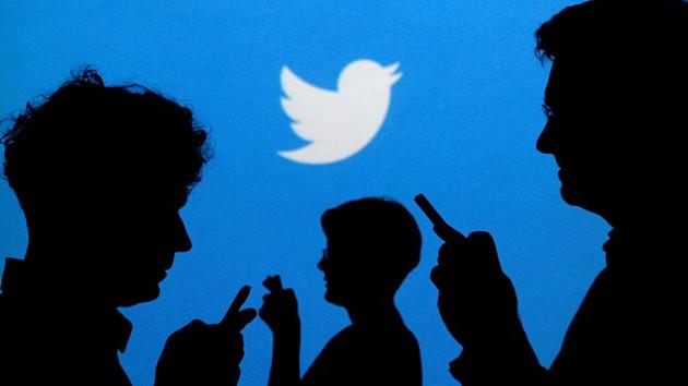Twitter'da en çok kullanılan emoji: Gözlerinden yaş gelerek gülme