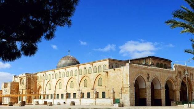 Son dakika: İsrail Mescid-i Aksa'nın kapılarını kapattı