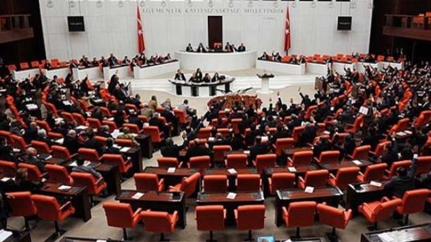 Son dakika: Asgari ücret teklifi komisyondan geçti