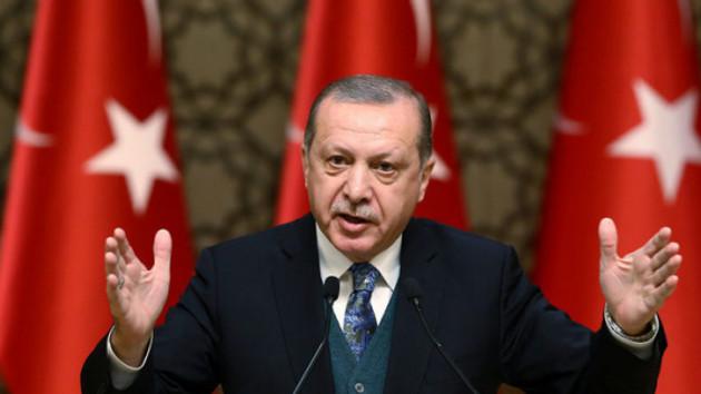 AK Parti'den Erdoğan'lı 10 years challenge paylaşımı