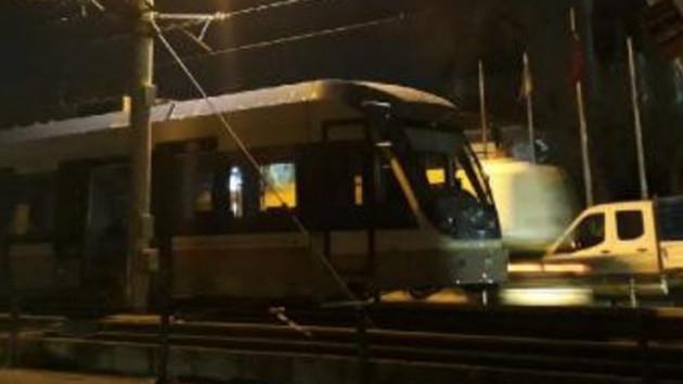 İstanbul'da tramvay kazasında faciadan dönüldü