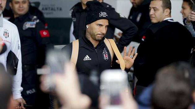 Ricardo Quaresma Beşiktaş'ta kaldı