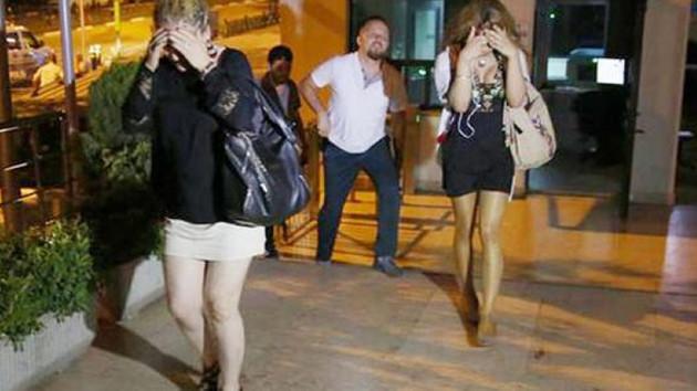 Aynı erkekle fuhuşta basılan üç kadın elti çıktı