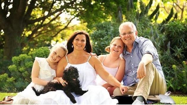 Avustralya Başbakanı Scott Morrison'ın fotoğrafı sosyal medyayı karıştırdı