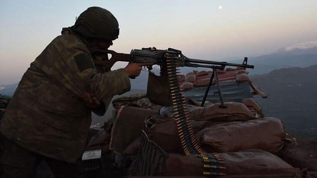 Mardin'de PKK'lı teröristlerle çatışma: 1 asker şehit
