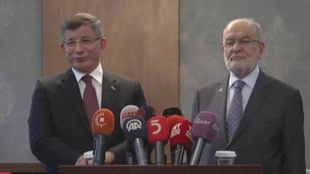 Davutoğlu'ndan yeni parti açıklaması: Yıl sonuna kadar bu süreç tamamlanacak