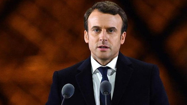 Fransa Cumhurbaşkanı Macron: Ben de bir Sarı Yelekliyim