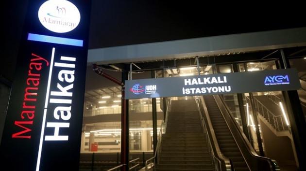 Yeni açılan Marmaray hattında ilk günden arıza
