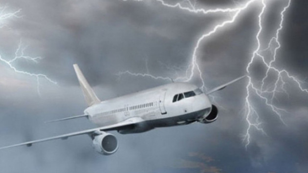 Sivasspor kafilesini taşıyacak uçağa yıldırım isabet etti