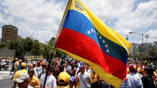 ABD'den açıklama: Tüm diplomatlarımız Venezuela'dan ayrıldı