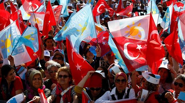 CHP üst sıralara HDP'lileri koydu, İYİ Parti'ye hak ettiği değer verilmiyor diyerek istifa ettiler