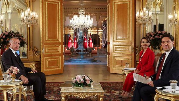 Erdoğan: Ayasofya'nın statüsünü müze olarak değil, cami olarak koyarız