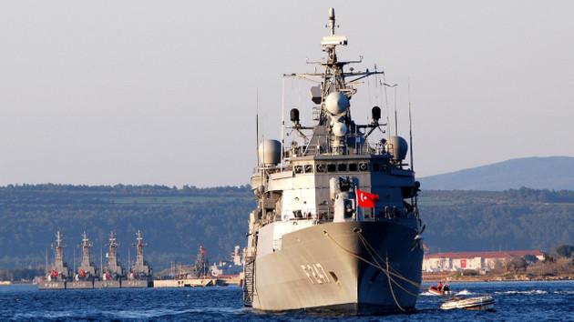 ABD Denizcilik kitabında 6. Filo Türk donanmasına saldırıyor