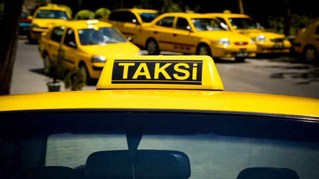 Taksiye binen genç kadına tecavüz şoku!
