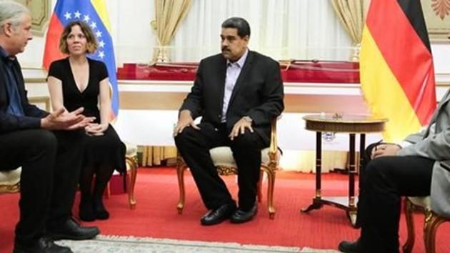 Alman milletvekilinin Maduro ile görüşmesi Berlin'i karıştırdı