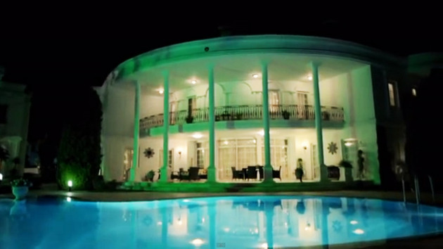 Medcezir'in çekildiği villa satılıyor
