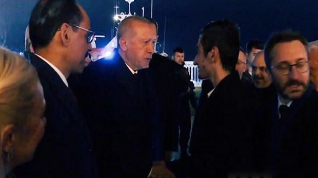 Talat Atilla'dan seçim gecesi kulisi: Erdoğan anket kağıtlarını fırlattı, asansörde kaldı!