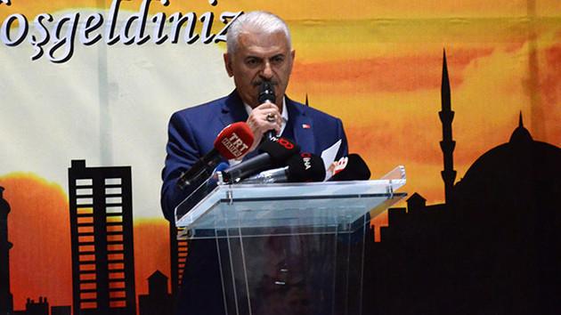 Binali Yıldırım Erdoğan'ın suçladığı hal komisyoncularına nasıl sahip çıktı