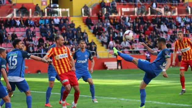 Kayserispor Süper Lig'de kalmayı başardı
