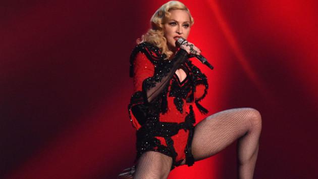 Madonna İsrail'i boykot et çağrısını reddetti