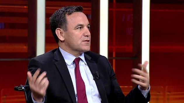 Zeyrek: AKP'de Davutoğlu, Yeneroğlu gibi isimlerin ihraç edileceği söylentisi tepkileri artırıyor