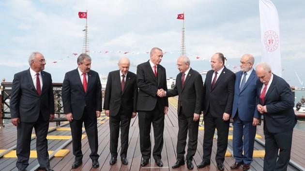 Doğu Perinçek'ten dikkat çeken paylaşım: Aynı Gemideyiz