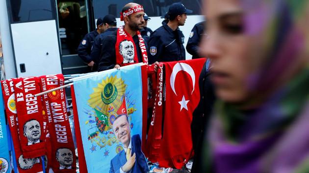 ÖSO kurucusu Albay Esad: 400 ajan halkı Erdoğan'a karşı kışkırtmak için çalışıyor