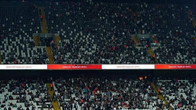 Beşiktaşlı taraftarlardan Abdullah Avcı tepkisi