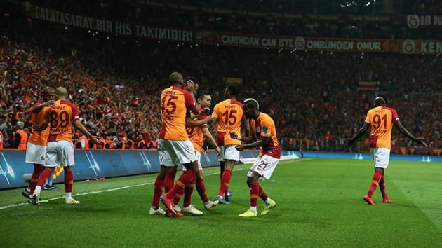 Galatasaray Beşiktaş'ı devirdi, liderliğe oturdu! Galatasaray 2-0 Beşiktaş