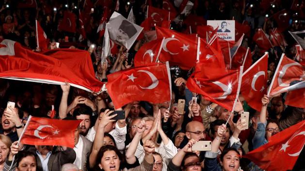 Alman basını: Türkiye demokrasinin önemli prensiplerine veda ediyor