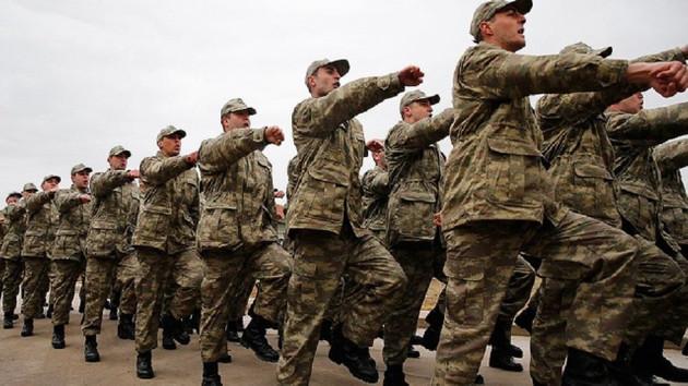 AKP'de bazı vekiller yeni askerlik sistemi tasarısını eleştiri yağmuruna tuttu