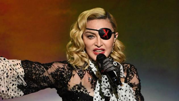 Madonna sosyal medyaya veryansın etti