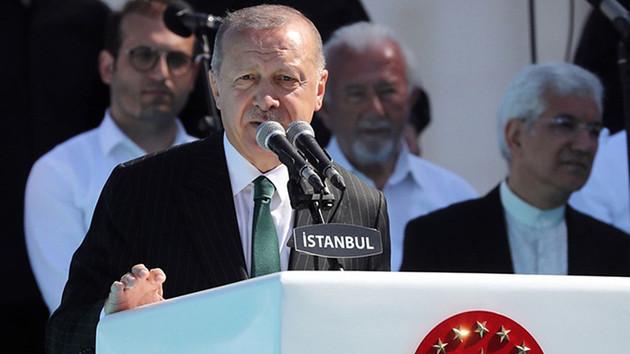 Erdoğan: Macron sen kimsin de Kıbrıs için konuşabiliyorsun