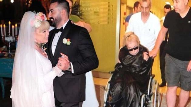 Zerrin Özer Adnan Hocacı eş yüzünden hastaneye kaldırıldı
