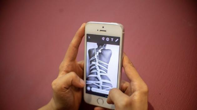 Gençler arasında yaygın olan sexting bütün kötülüklerin anası çıktı