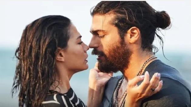 Demet Özdemir Can Yaman aşkını amcası ele verdi!