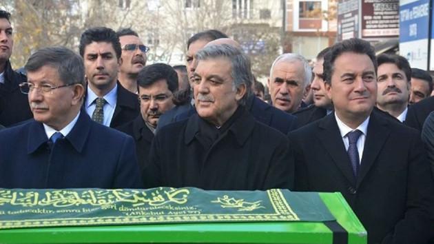 Davutoğlu'nun eski danışmanı Mahçupyan yeni parti için tarih verdi