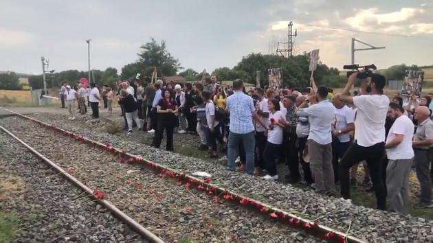 Çorlu tren faciasında yakınlarını kaybedenlerden AA ve İHA'ya tepki