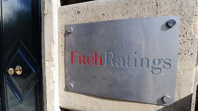 Son Dakika: Fitch 14 Türk bankasının notunu indirdi